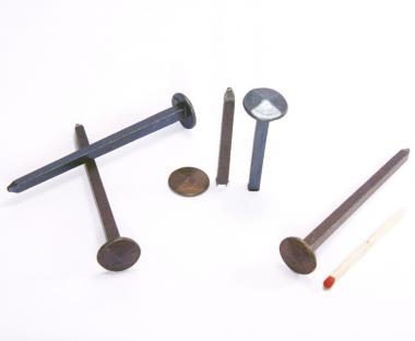 Diamond shaped head blued steel forged nail (100 nails) L : 80 mm - Ø 13 mm